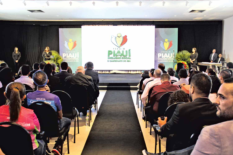 Solenidade de premiação do Prêmio Piauí de Inclusão Social acontece nesta quinta-feira (08) (Foto: Raissa Morais)