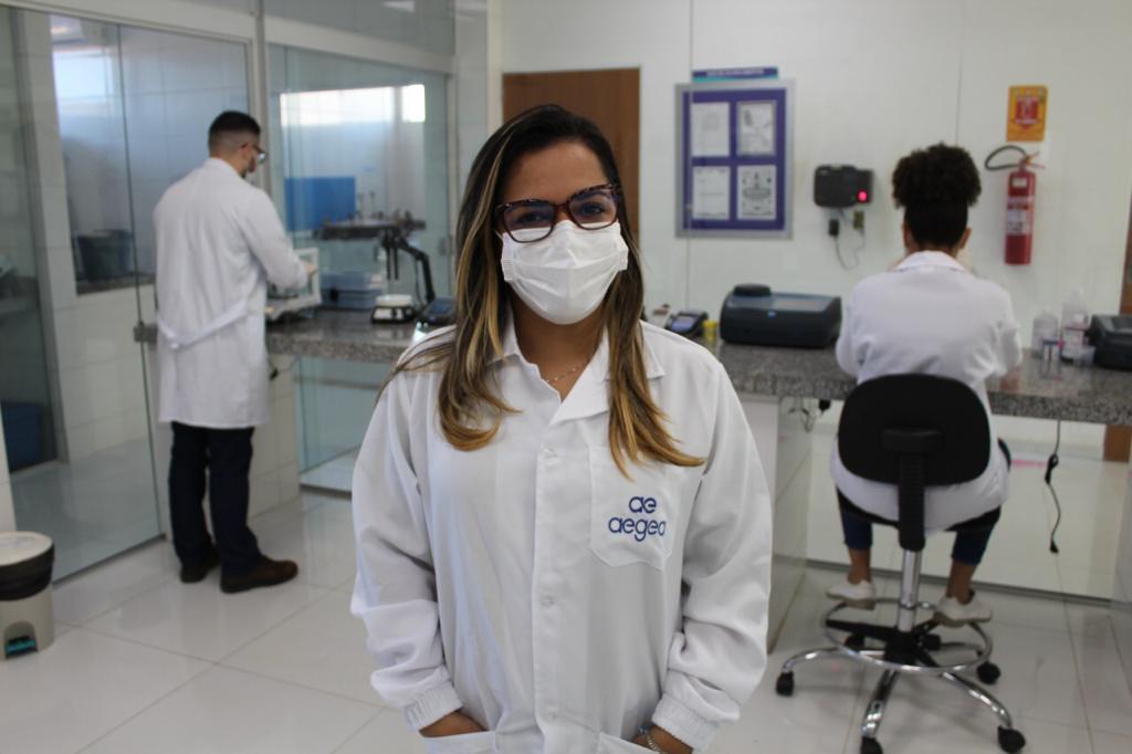 Kennya Martins é especialista em controle de qualidade (Foto: Lucrécio Arrais)