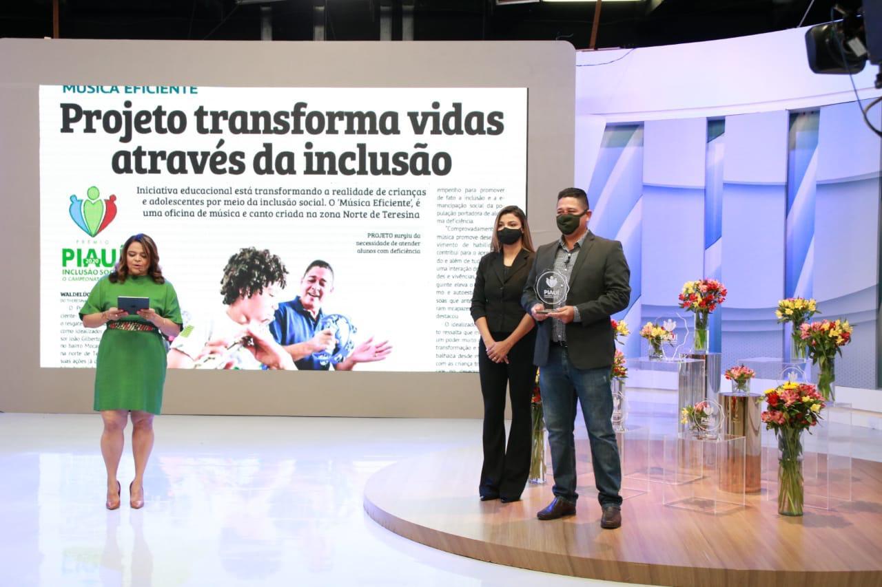 João Gilberto leva grande prêmio do Inclusão Social (Foto: David Carvalho)