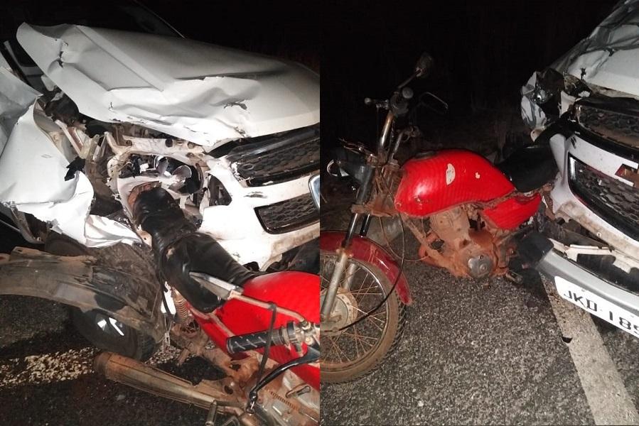 Pai e filho morreram após colisão de moto e caminhonete na BR-343