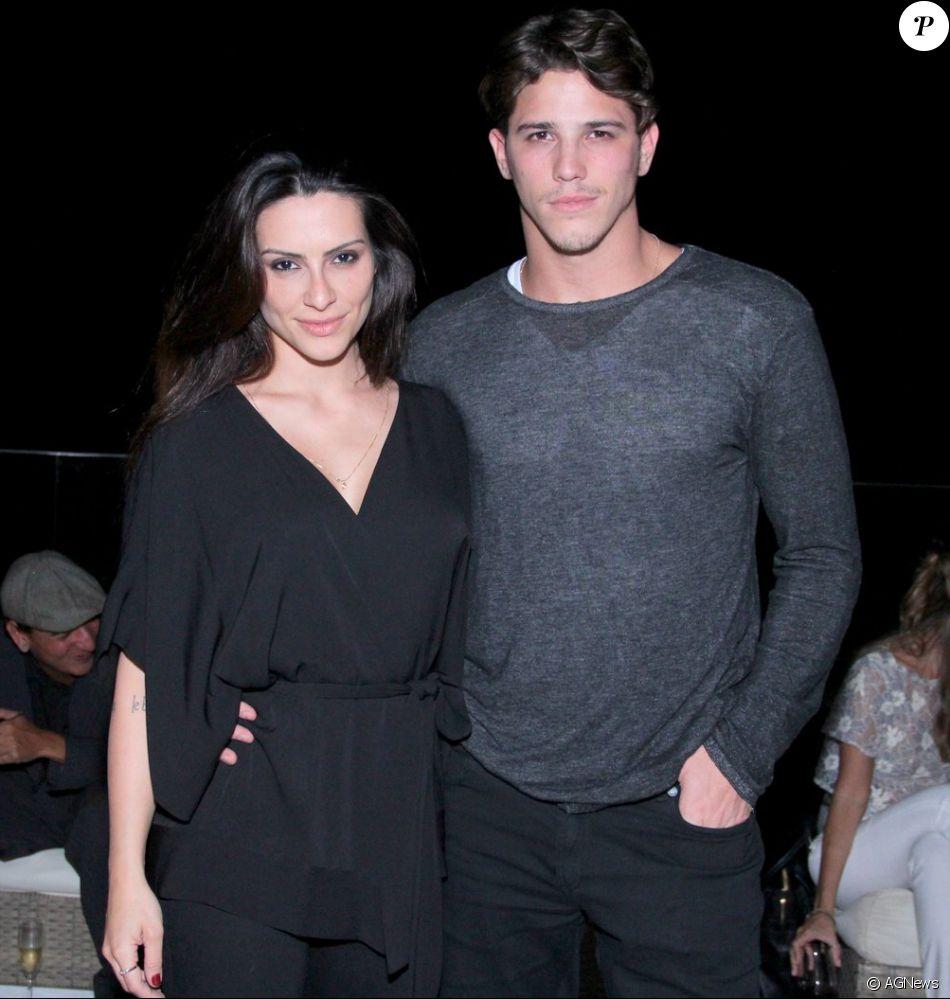O último relacionamento assumido pela atriz foi com o também ator Rômulo Arantes Neto