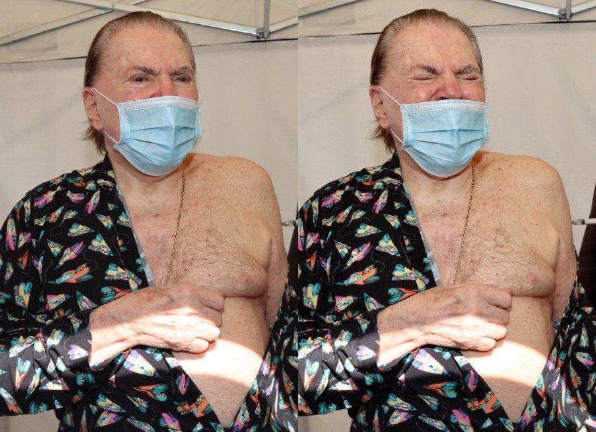 Silvio Santos recebe segunda dose de vacina contra Covid-19 (Foto: Manuela Scarpa/Brazil News)