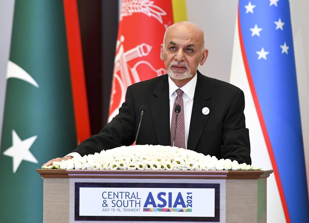 O presidente do Afeganistão, Ashraf Ghan — Foto: AP