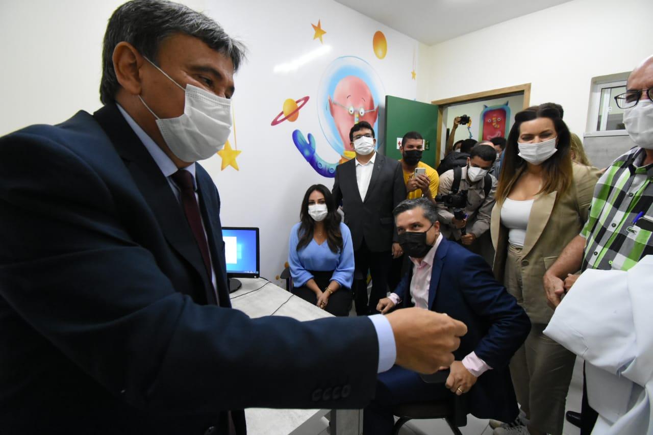 Governador entrega reforma e ampliação do Hospital Infantil Lucídio Portella (Paulo Barros)