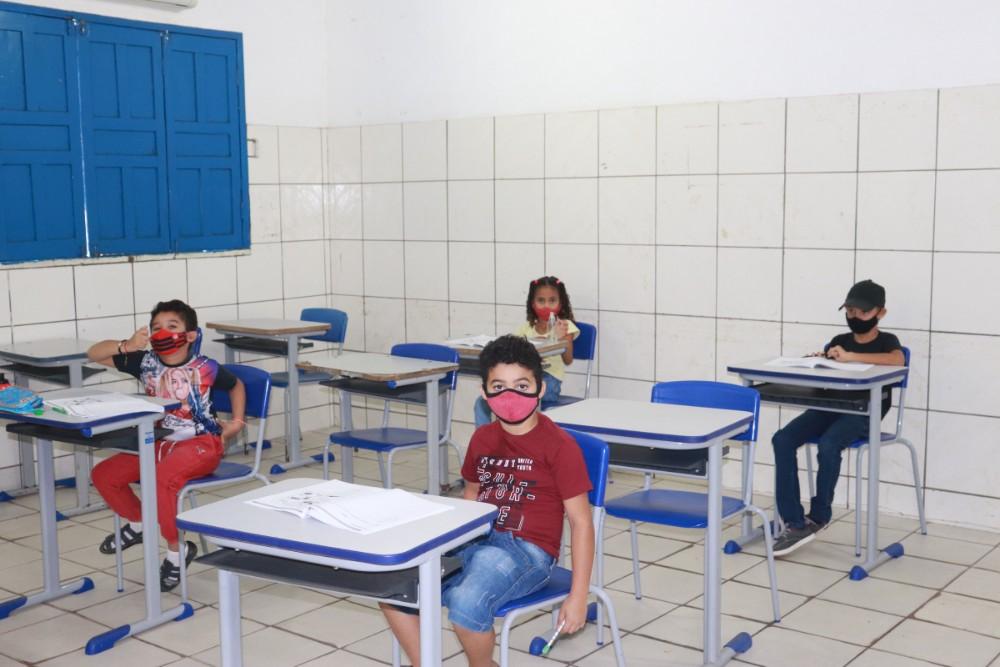 Secretaria de Educação realizou a prova do SAEPI para Alunos do 2º Ano - Imagem 3