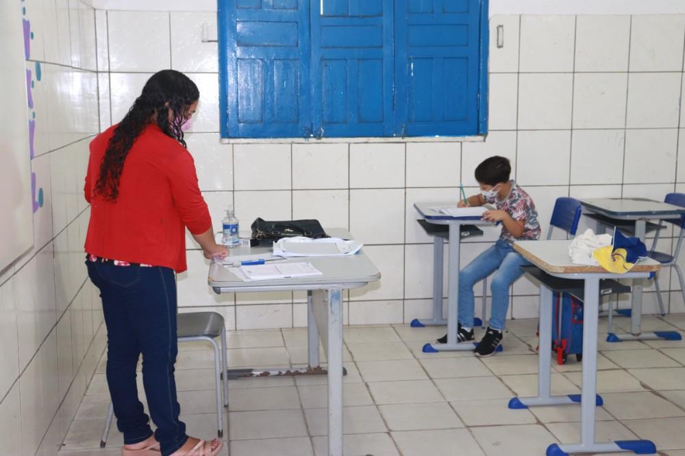 Secretaria de Educação realizou a prova do SAEPI para Alunos do 2º Ano - Imagem 4
