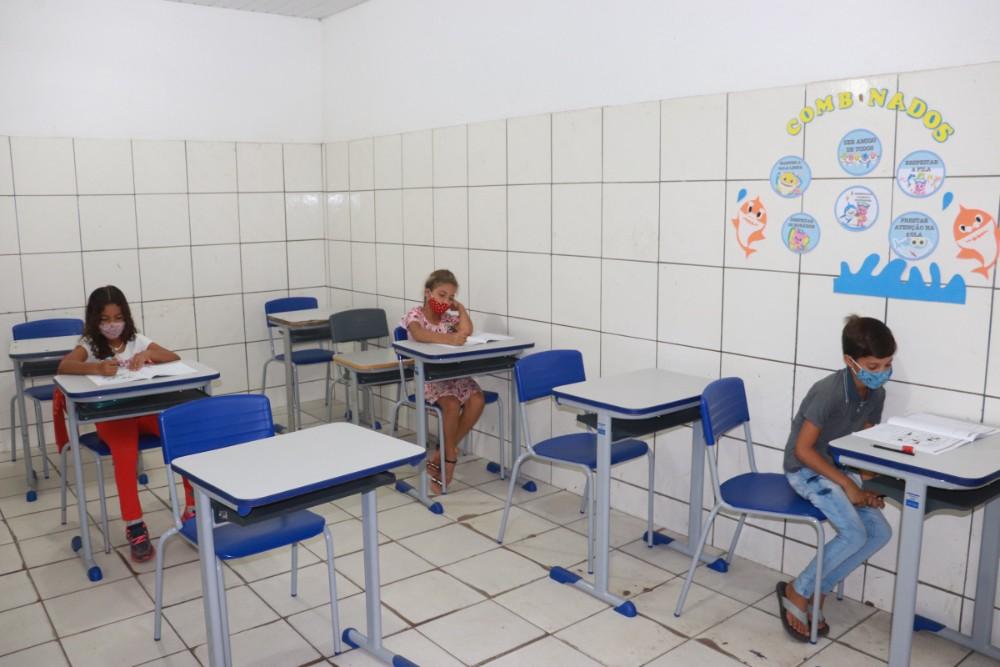 Secretaria de Educação realizou a prova do SAEPI para Alunos do 2º Ano - Imagem 2