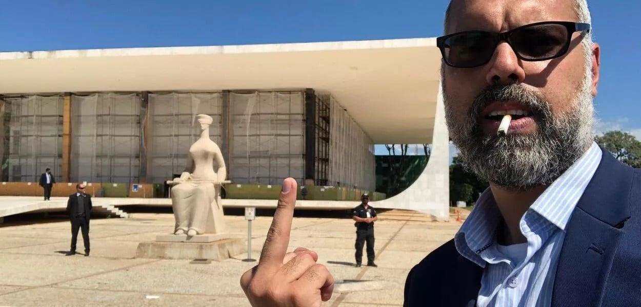 Blogueiro Allan dos Santos é denunciado pelo MPF