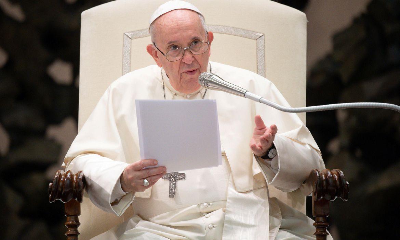 Ochefe da Igreja Católicaafirmou que cabe a cada um contribuir para acabar com a pandemia de covid-19 - Foto: Reuters/ Vatican Media