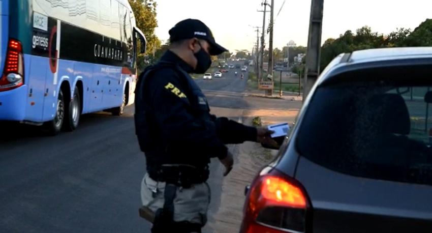 A Operação Férias Escolares 2021 da Polícia Rodoviária Federal aconteceu, em todo o estado, entre os dias 1º de julho e 1º de agosto - Imagem: Divulgação/PRF