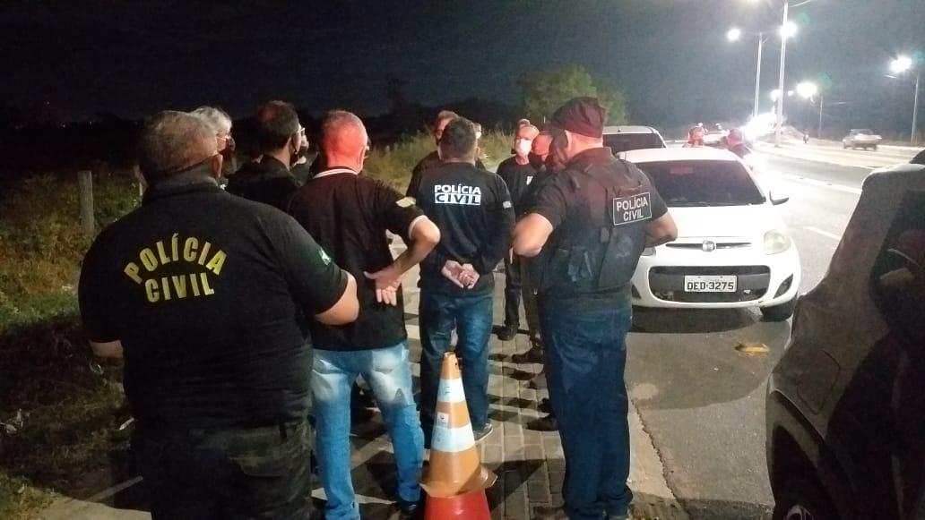 Policiais recebem orientação de como proceder na abordagem. (Foto: Divulgação)