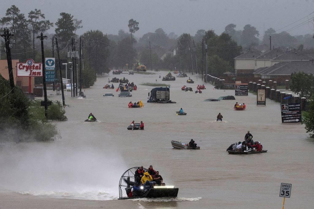 Furacão causou destruição no Texas