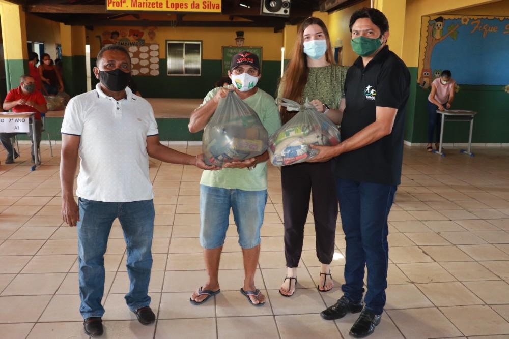 Prefeitura de Lagoinha entregou kits de Alimentação Escolar para Alunos - Imagem 4