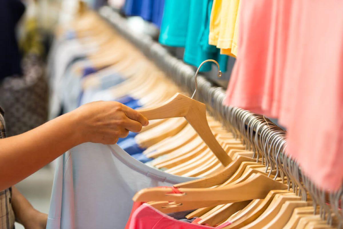 Brasil está entre os 10 países em que as pessoas mais compram roupa (Divulgação)