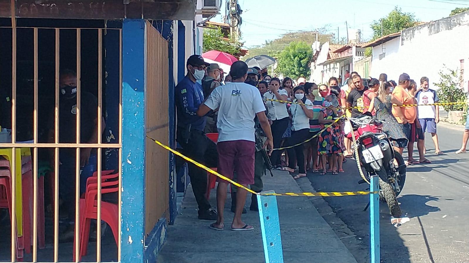 Polícia interditou o local para passar por perícia - Foto: Kilson Dione/ Portal MN