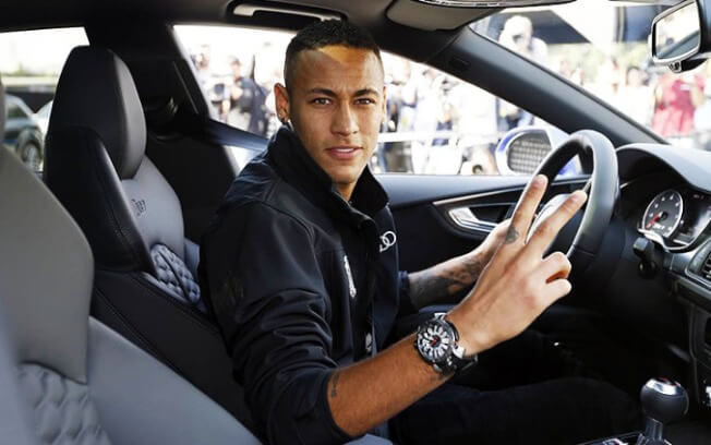 Neymar sabe muito bem como gastar sua fortuna. (Foto: Reprodução)