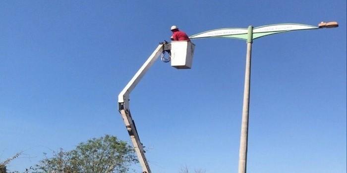 Milton Brandão: Município recupera iluminação pública com lambadas de LEDS