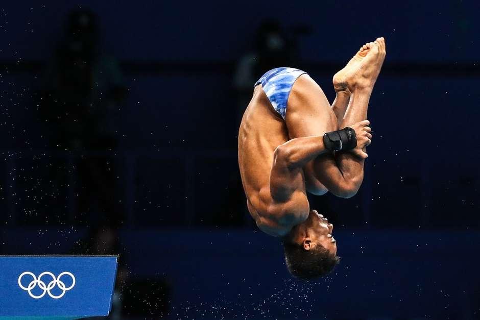 Kawan Pereira durante salto realizado nesta sexta-feira nos Jogos Olímpicos de Tóquio Wander Roberto/COB -Foto: Wander Roberto / COB