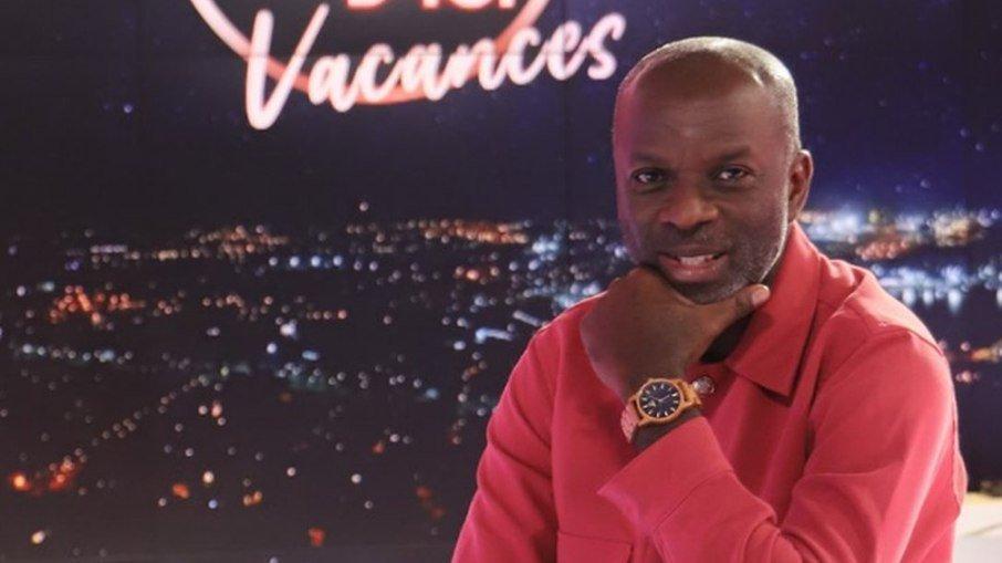 A Alta Autoridade de Comunicação Audiovisual da Costa do Marfim (HACA) decidiu punir com uma suspensão de 30 dias o apresentador de televisão Yves de Mbella
