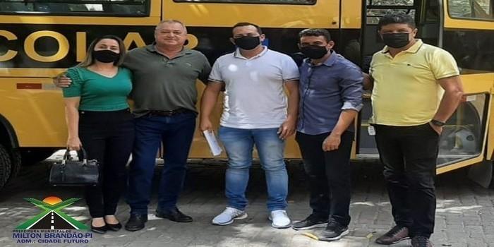 Milton Brandão: Município é contemplado com mais um ônibus escolar