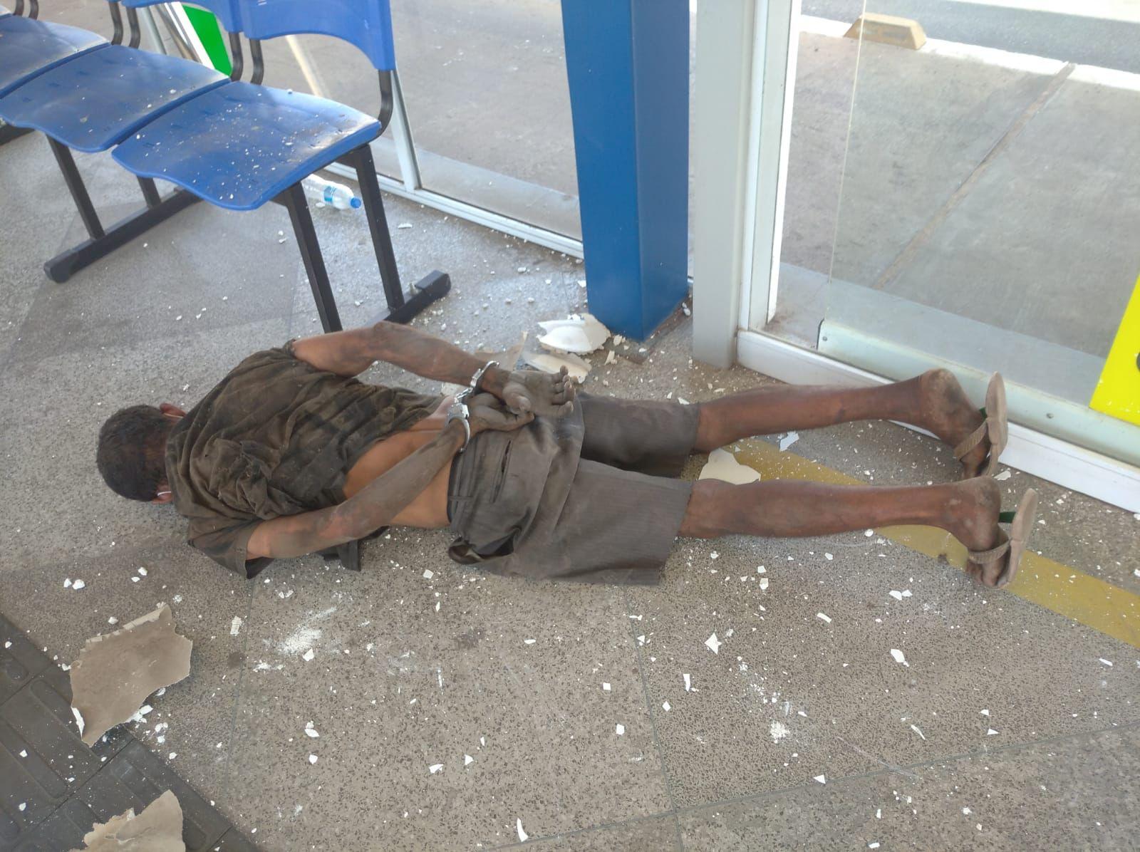 Homem é preso em flagrante tentando furtar ar-condicionado em Teresina| Foto: GCM