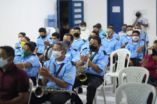 Prefeitura entrega novos instrumentos para a banda 26 de Julho - Imagem 2