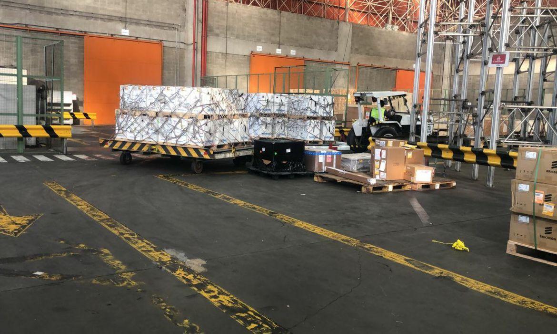 Quatro aviões trouxeram os imunizantes para o Brasil