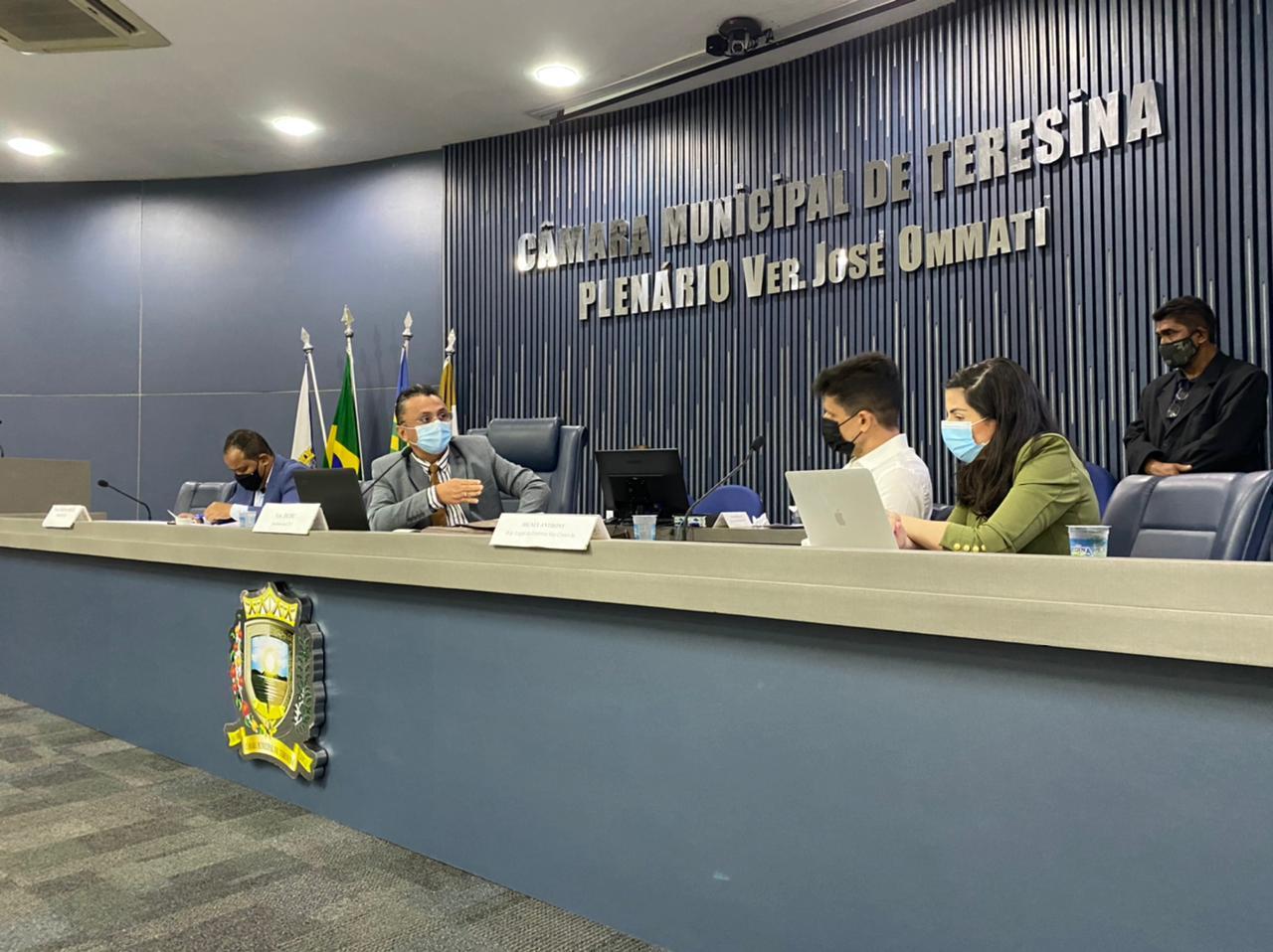 Dudu apresentou indicativo de lei para recadastramento das gratuidades do transporte