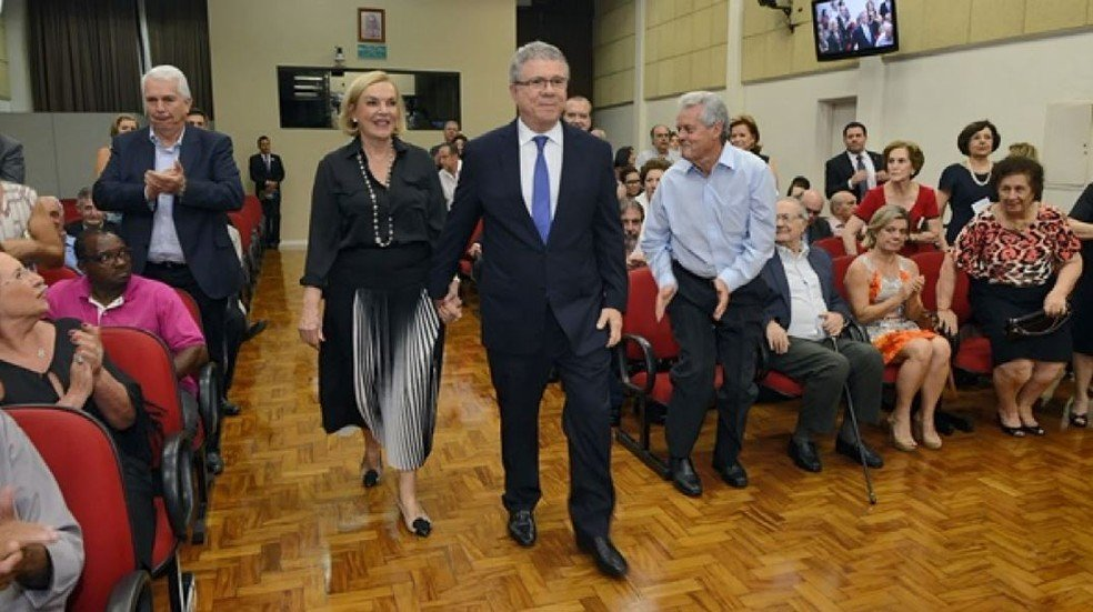 Empresário Celso Silveira Mello Filho e a esposa Maria Meneguel morreram em acidente de avião