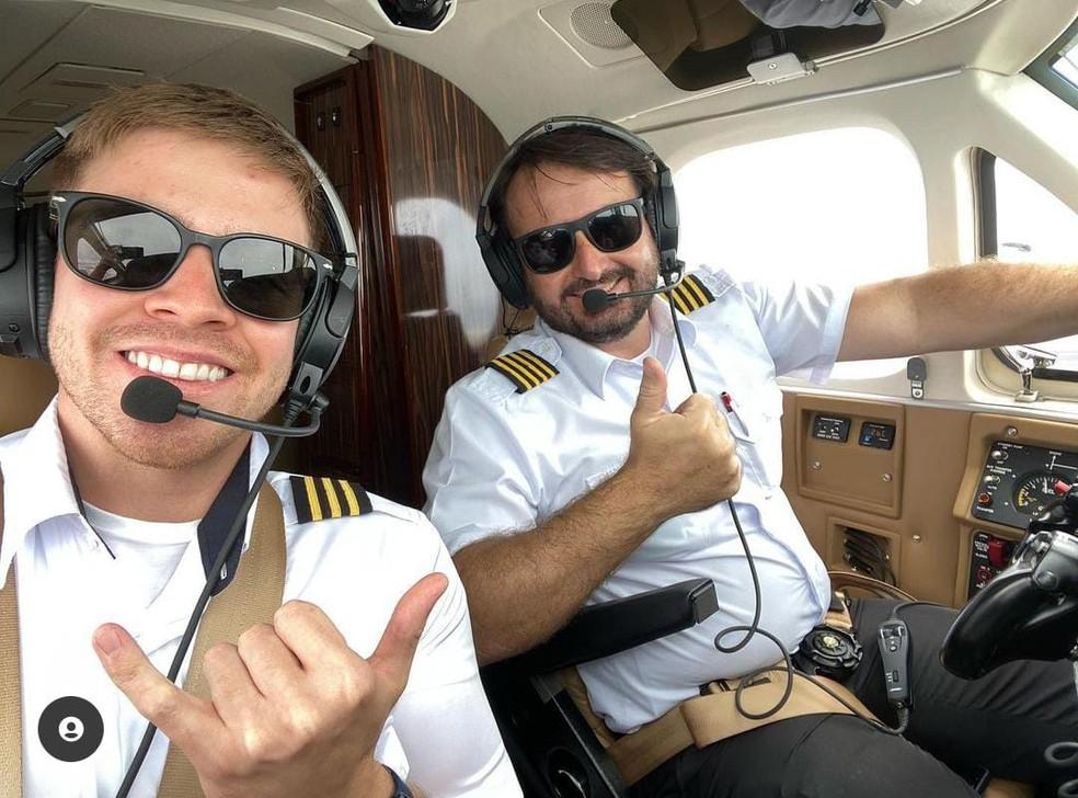 Piloto Celso Elias Carloni, 39 anos, e copiloto Giovani Dedini Gulo, 24 anos morreram em acidente de avião