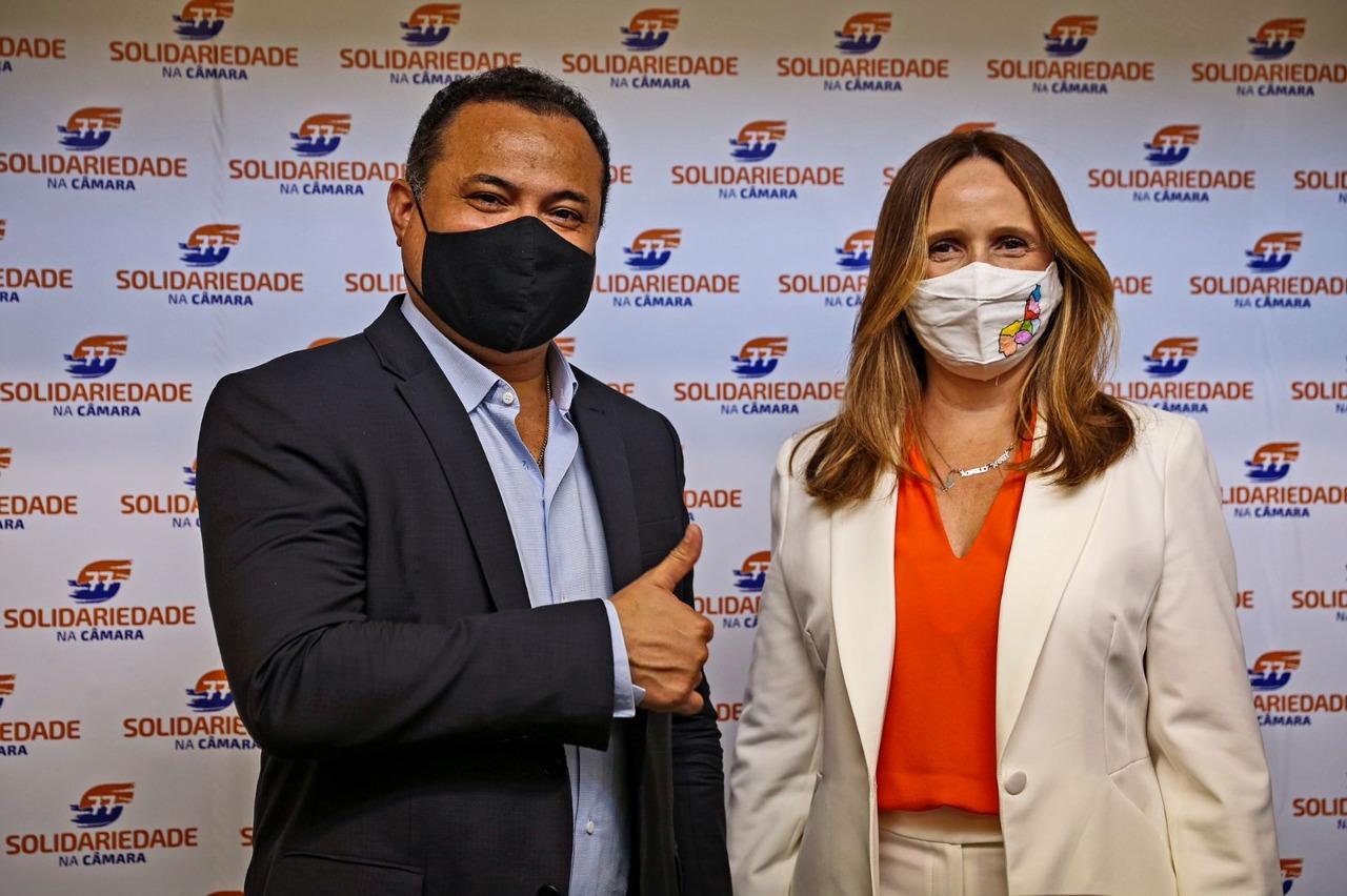 Deputado Evaldo Gomes e Viviane Moura