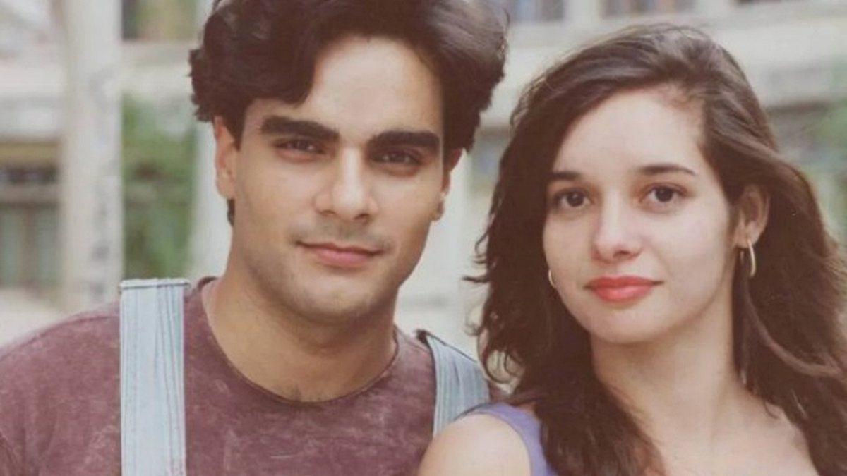 """A atriz foi assassinada a tesouradas por Guilherme de Pádua, ator que fazia par romântico com ela na novela """"De Corpo e Alma"""","""