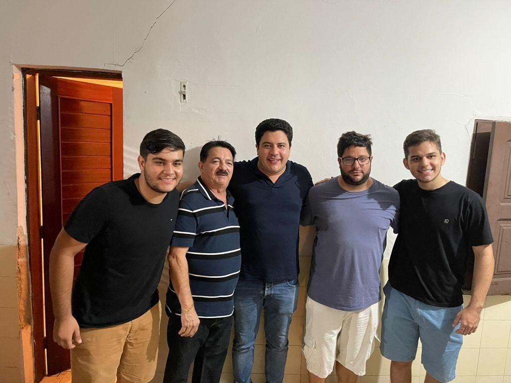 Jadyel Alencar em uma série de visitas pelo Piauí (Foto: Reprodução)