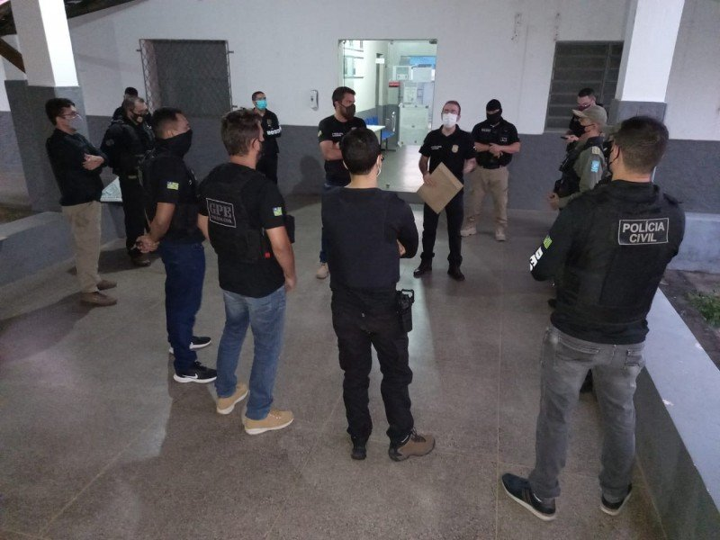 O objetivo da operação é dar cumprimento a três mandados de busca e apreensão - Foto: Polícia Civil
