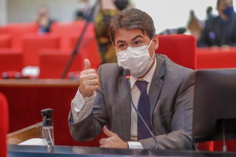 Deputado Severo Eulálio diz que grande volume de material de construção é desperdiçado (Thiago Amaral)