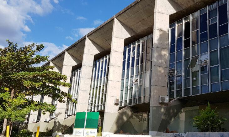Através de ofício encaminhado ainda no mês de agosto, o Sindlojas solicitou ao Governo que não fosse decretado ponto facultativo - Foto: Ascom