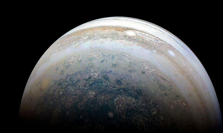 Júpiter é uma obra de arte em constante mutanção (Divulgação NASA)