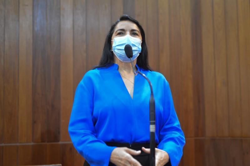 Deputada Teresa Britto pediu perfuração de poços no assentamento Serra Dourada (Thiago Amaral)