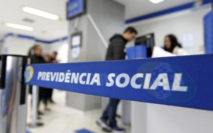 A necessidade dessa comprovação foi suspensa de março de 2020 a junho de 2021 como medida de proteção contra a pandemia - Foto: Agência Brasil