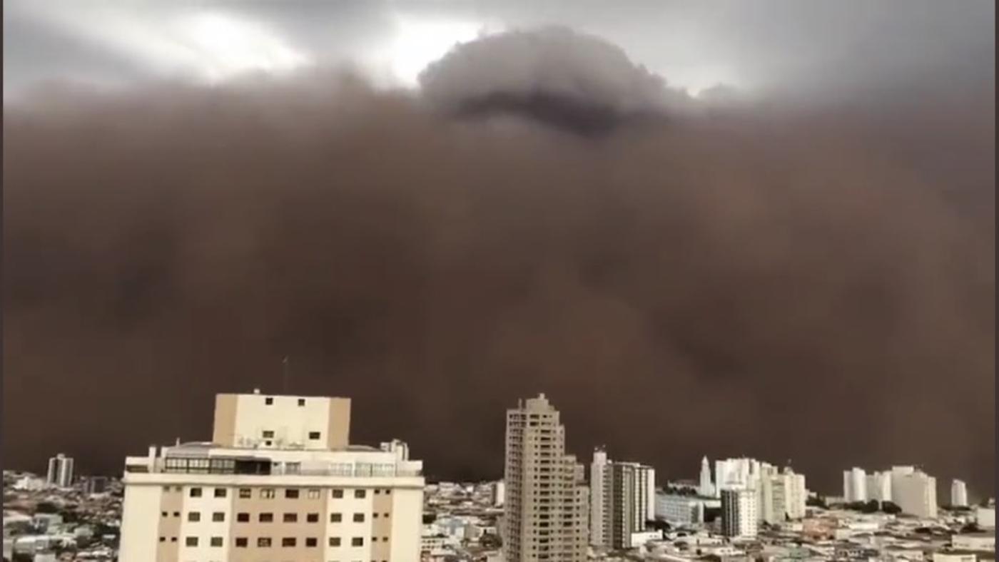 Tempestade de areia deixou moradores apavorados em São Paulo (Foto: Reprodução)