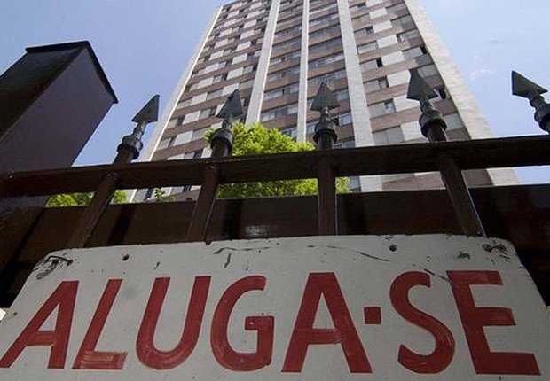 Especialistas recomendam a renegociação com o proprietário da residência. (Foto: Reprodução-Facebook)