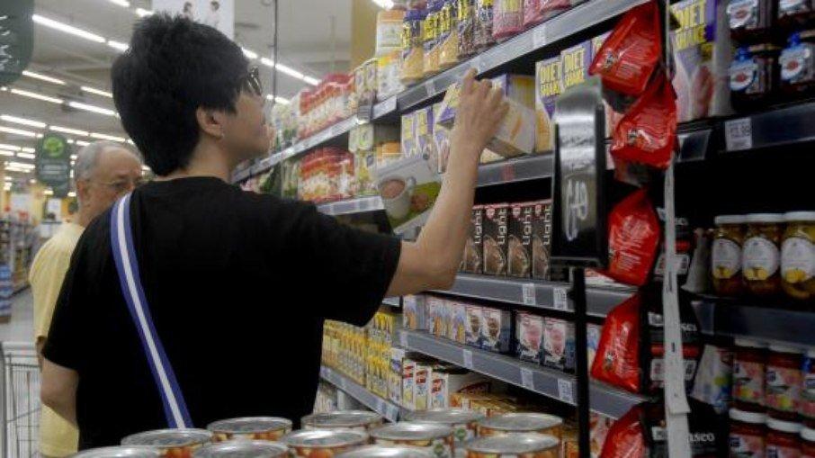 Secretário admitiu que a queda pode ajudar a aliviar a pressão sobre a inflação. (Foto: EBC)