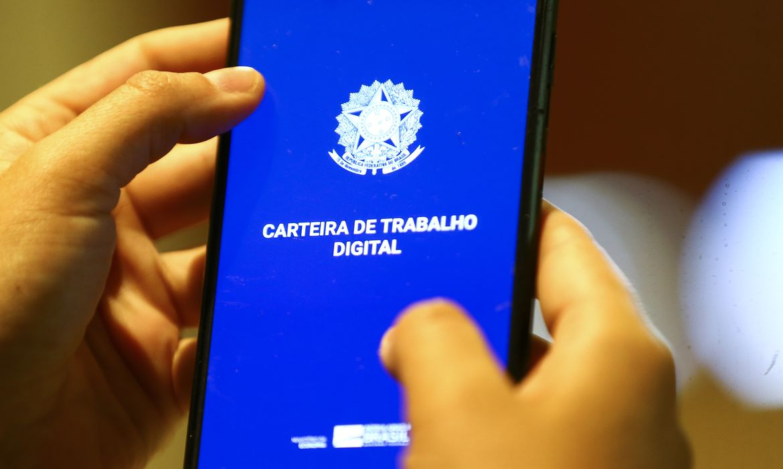 Balanço de empregos no Brasil no mês de agosto (Agência Brasil)