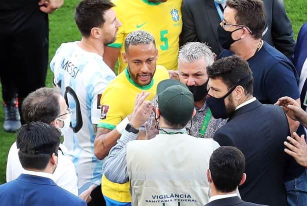 Jogo entre Brasil e Argentina foi suspenso Foto: Alex Silva-Estadão Conteúdo