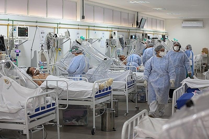 Brasil registra 361 mortes - Michael Dantas/AFP