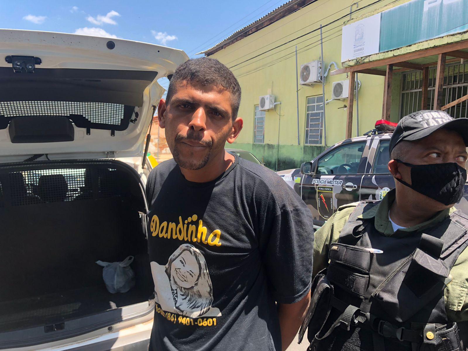 Suspeito de matar Janiel da Silva foi preso horas depois do crime em Teresina - Foto: Portal MN