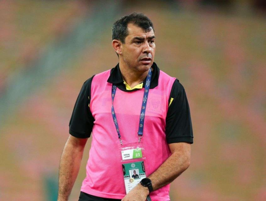 Ao que tudo indica, Carille deve ser anunciado nas próximas horas como novo técnico do Santos - Foto: Divulgação