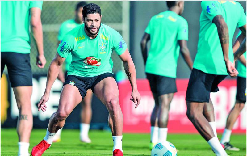 Hulk está convocado e treinou junto de Neymar e Gabigol- Foto: Rômulo Paulino