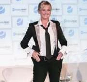 """SILVIO SANTOS: Silvio Santos diz que Xuxa parece um """"rapaz americano"""""""
