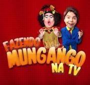 Humoristas do programa Fazendo Mungango aprontam no centro de Teresina